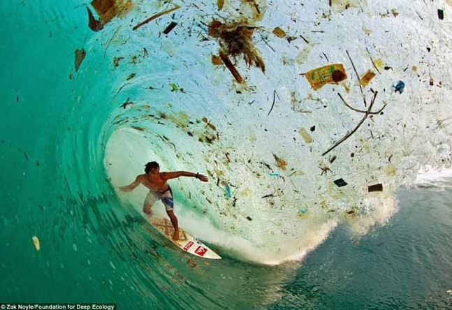 2 onda indonesia lixo