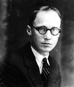 Em 1958, John Scopes foi julgado por ensinar evolucionismo em sala de aula.