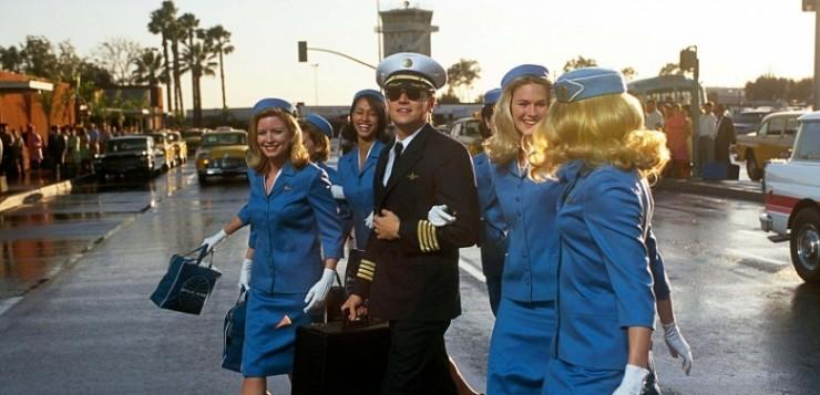 Prenda-me Se For Capaz, filme de Steven Spielberg, se passava nos anos 60.