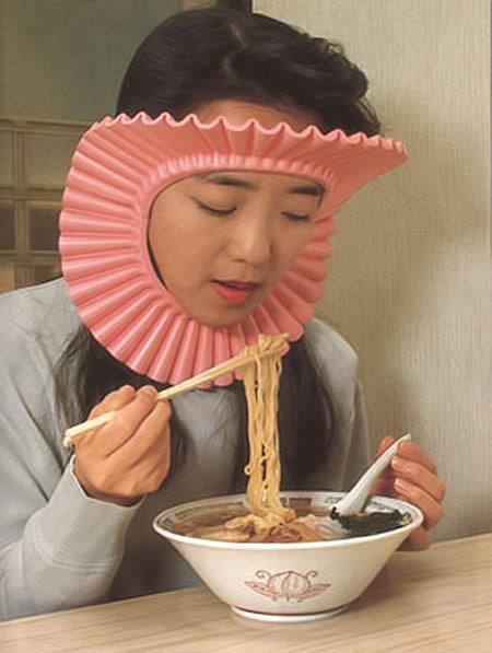 invencao japonesa protetor de cabelo macarrao