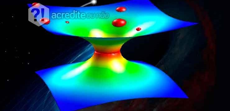 Estaria o universo se expandindo para depois se contrair?