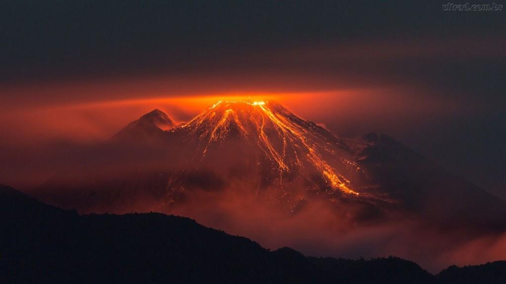 Vulcão espanta insetos e cobras