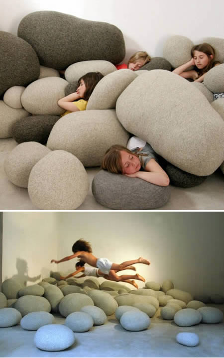 Travesseiro rocha
