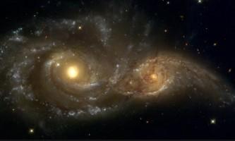 colisão galaxia