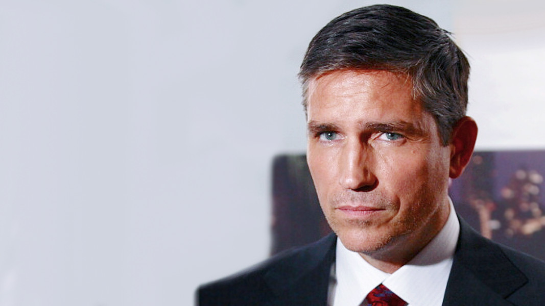 Jim Caviezel na série Person of Interest