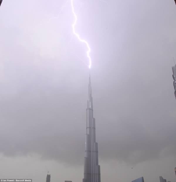 raio Burj Khalifa emirados