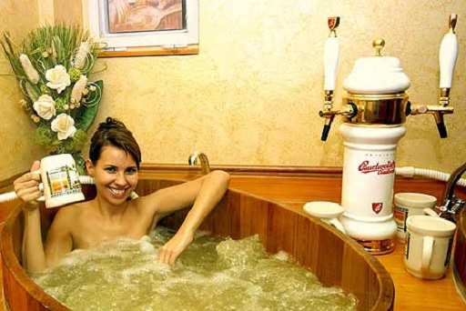 spa banheira cerveja