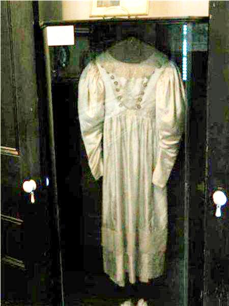 vestido de casamento amaldiçoado