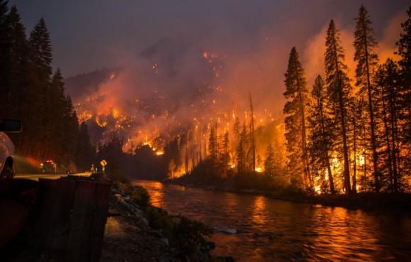 O incêndio Chiwaukum em Washington, em 2014.