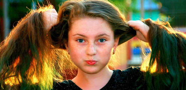 cabelos-lisos-jovem