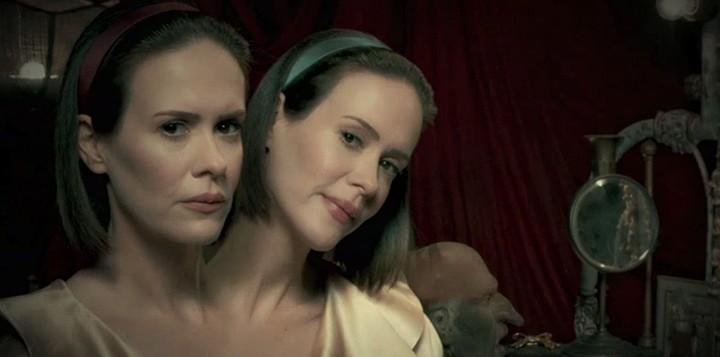 gêmeas-siamesas-american-horror