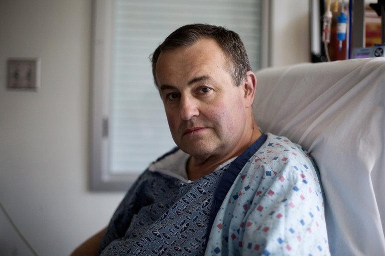 Thomas Manning após a cirurgia.