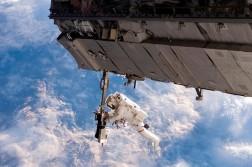 07-astronauta-espaco