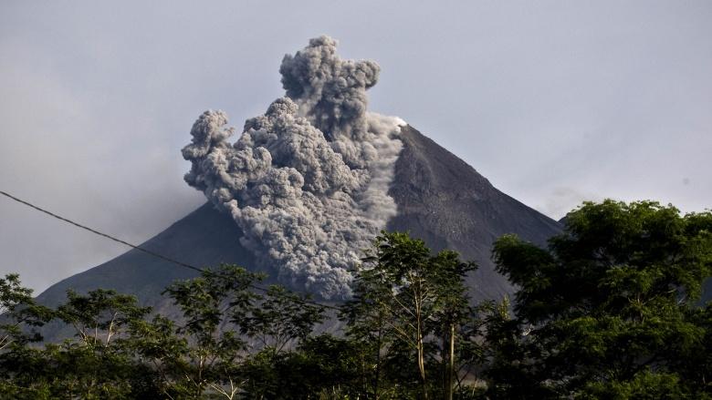 vulcão monte merapi