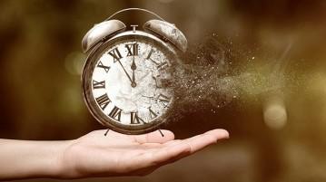 relógio-mão-tempo