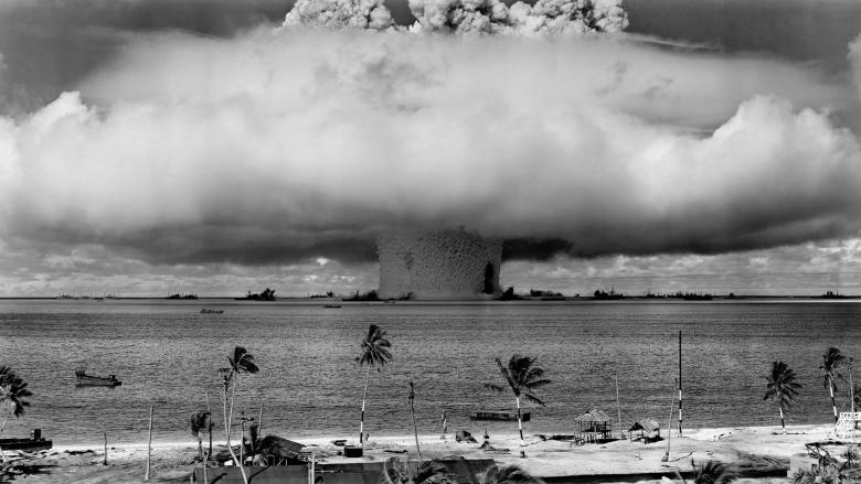energia-atômica-explosão