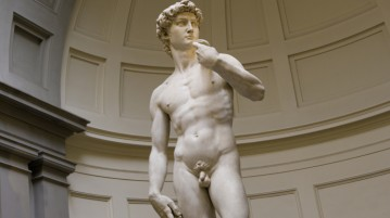 pênis pequeno estatua-michelangelo-david
