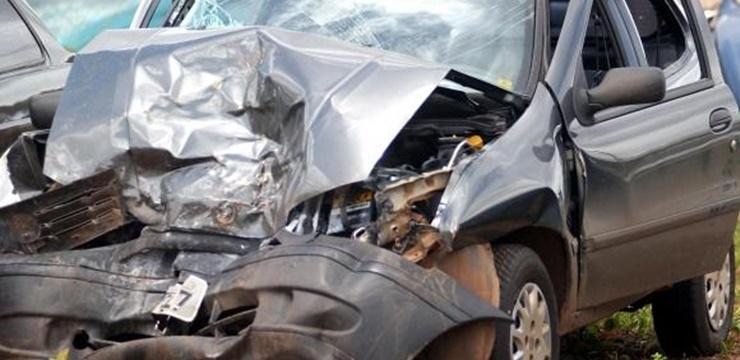 02-acidentes_de_carros