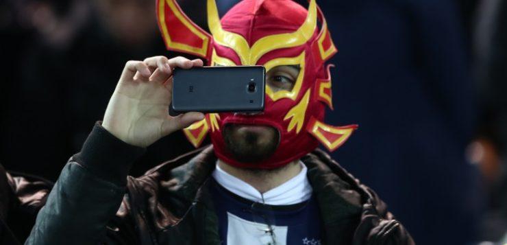 celular mascarado