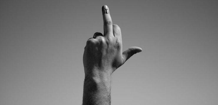 dedo-do-meio