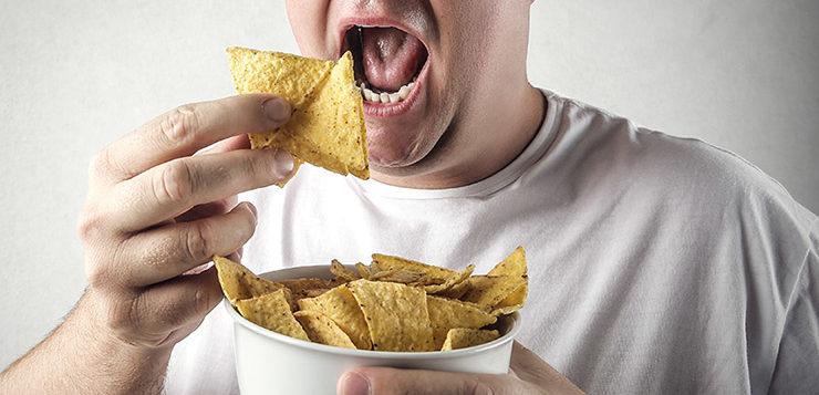 homem-comendo