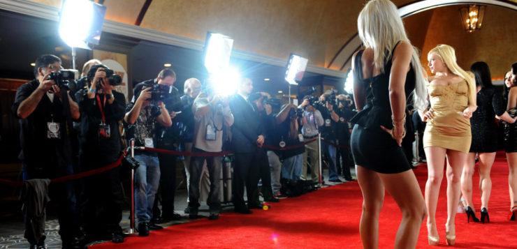Quanto ganha uma atriz pornô – e por que é mais do que um ator do ramo
