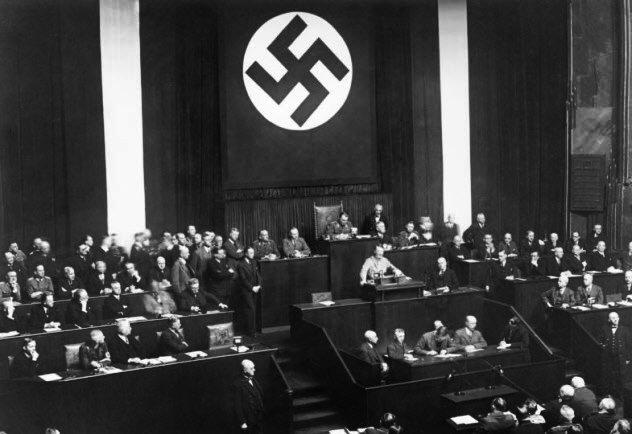 lei 1933
