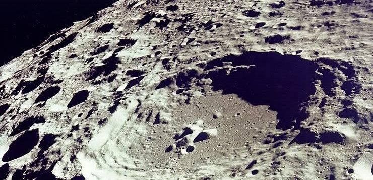 lua-crateras