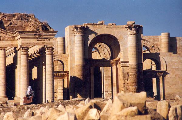 Ruínas da cidade de Hatra, em 1988