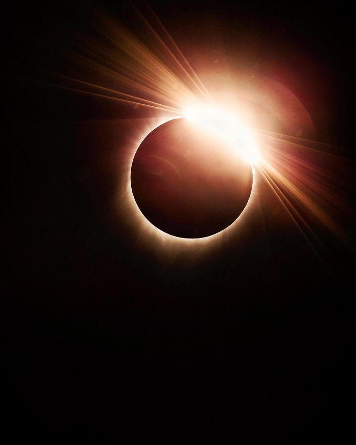 eclipse solar 11