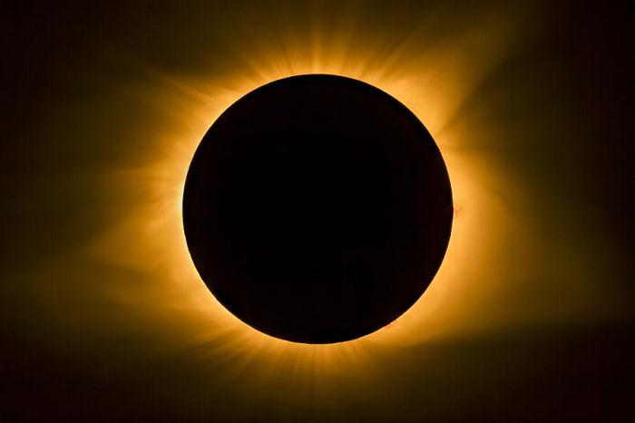 eclipse solar 14