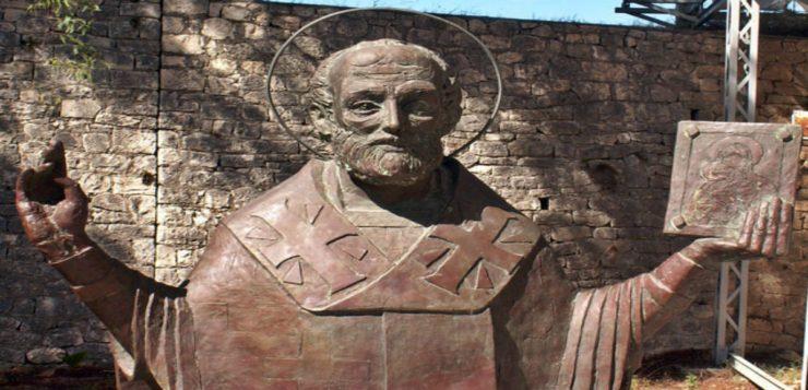 Estatua de São Nicolau, que fica na igreja que leva seu nome