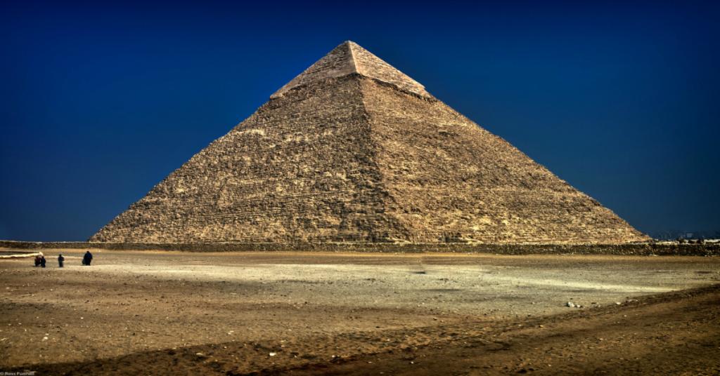pirâmide-capa