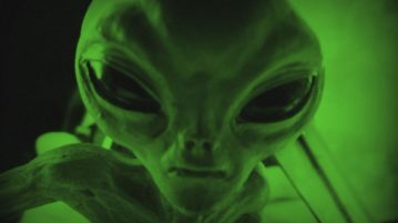 aliens-invasão capa