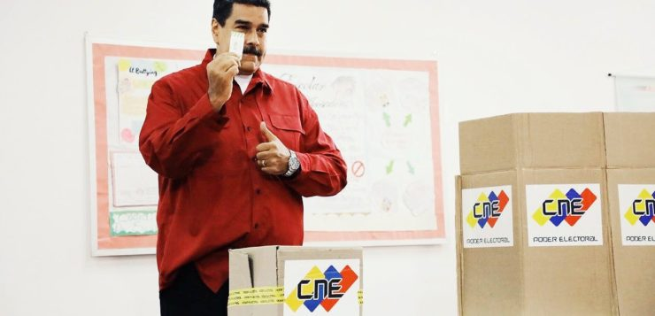 Funcionários públicos da Venezuela relatam ameaças por não terem votado
