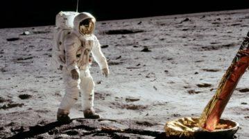 Lua-investigação capa