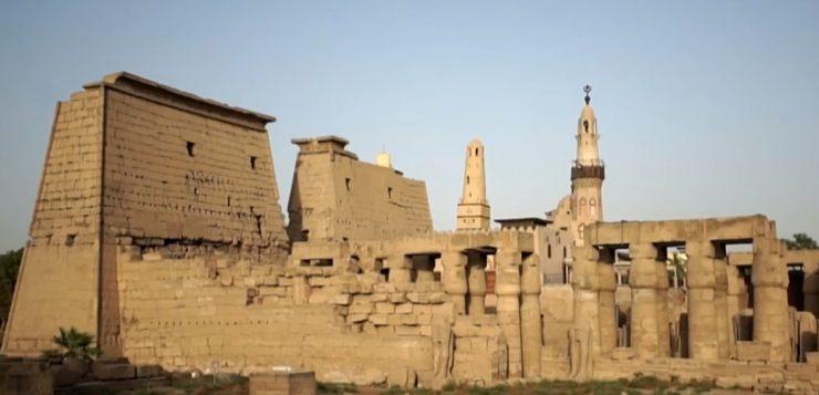 Pesquisadores brasileiros vão escavar tumba milenar no Egito