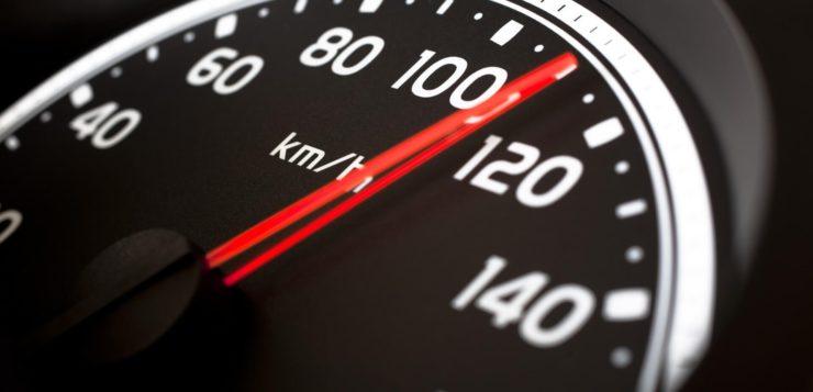 limite de velocidade carros brasil