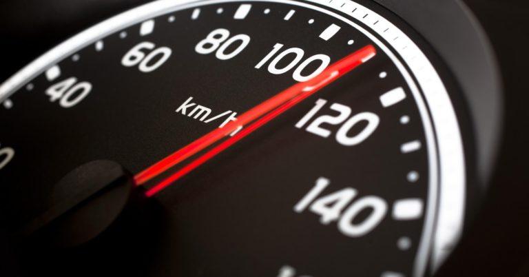 Após estudo, OMS sugere limite de velocidade de 50 km/h para o Brasil