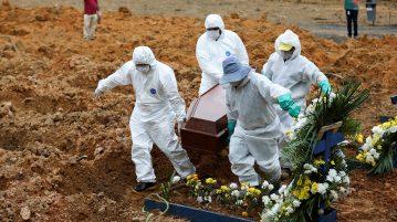 cemitério enterros covid-19