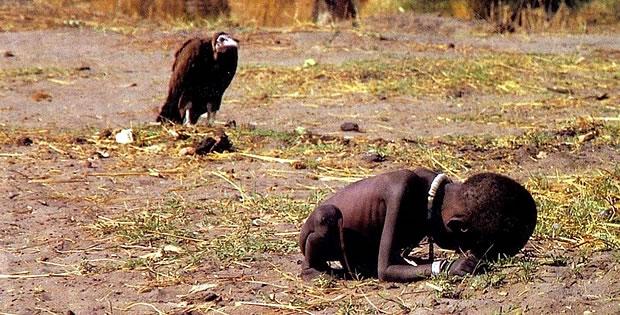 crianca-abutre-kevin-carter
