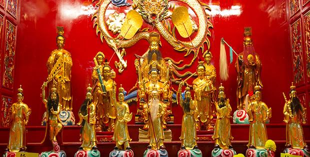 estatuas-nove-deuses-do-imperador