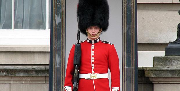 guarda-do-palacio-de-buckingham