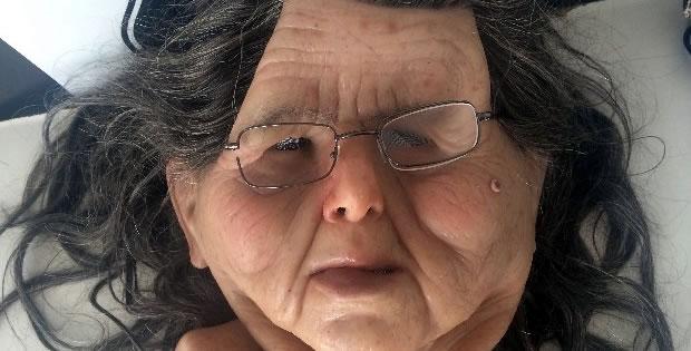 mascara-de-idosa