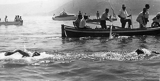 olimpiadas-atenas-1896-natacao-baia-zea