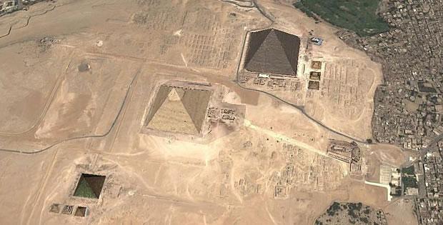 piramides-alinhadas